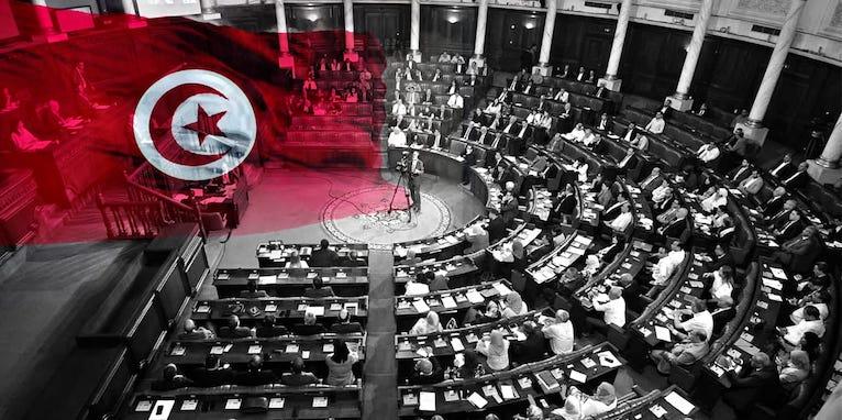 عندما تنفصل السياسة عن الاقتصاد: تونس مثالا